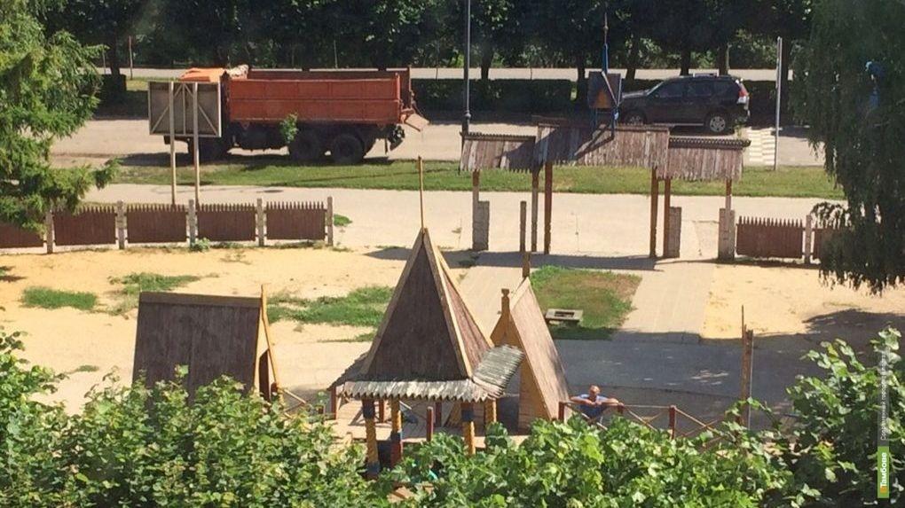 Детский городок на Набережной будет установлен в стилистике прежнего