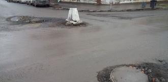 Дороги вокруг центрального рынка всё ремонтируются: подрядчик заплатит неустойку