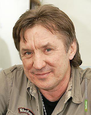 Олегу Бетину предлагают увековечить память солиста «Синей птицы»