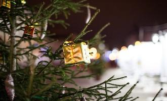 Новогодняя поляну в Тамбове засыпет конфетти
