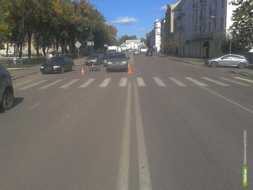 Тамбовский мотоциклист въехал в зад Шевроле