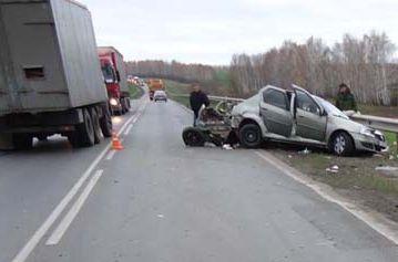 На Тамбовщине автоледи уснула за рулём и врезалась в Камаз