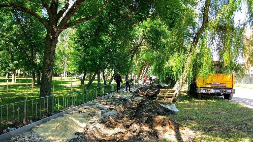 На улице Зои Космодемьянской начался ремонт дороги