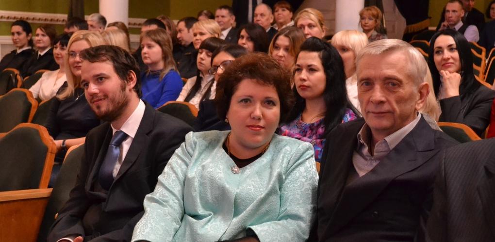 Коллективу Тамбовского филиала РАНХиГС вручили благодарственное письмо облдумы