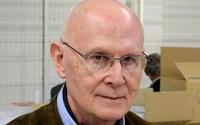 В Соборе Парижской Богоматери застрелился французский писатель