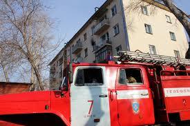 В Тамбове из-за горящих тряпок эвакуировали больше полсотни человек