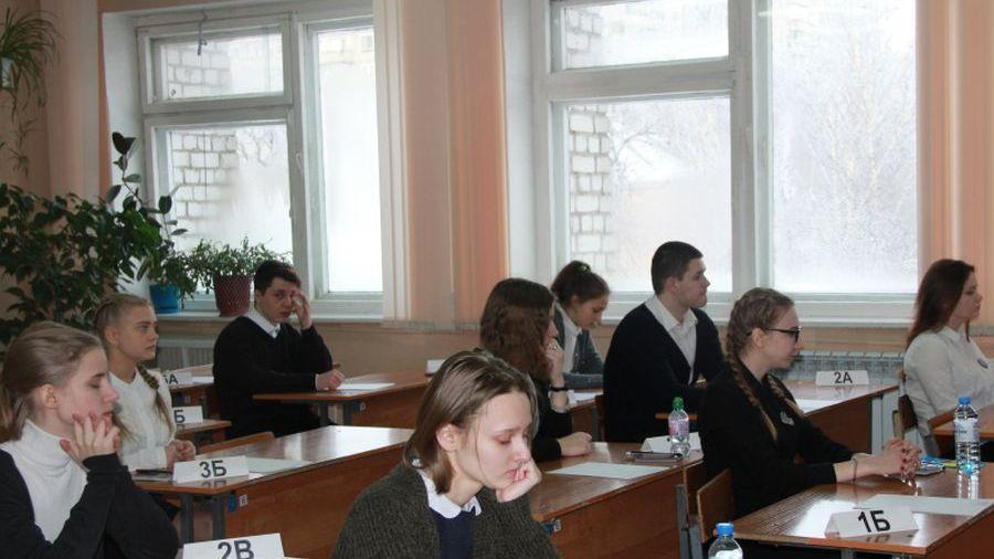 Досрочный период сдачи ЕГЭ завершился: 8 тамбовчан сдали русский более чем на 80 баллов