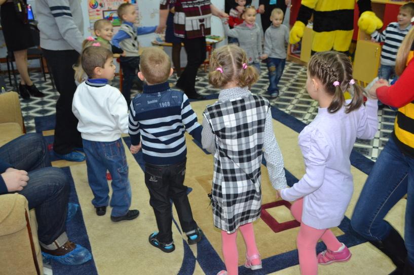 В Тамбовской области ищут новые способы для устройства детей в семью