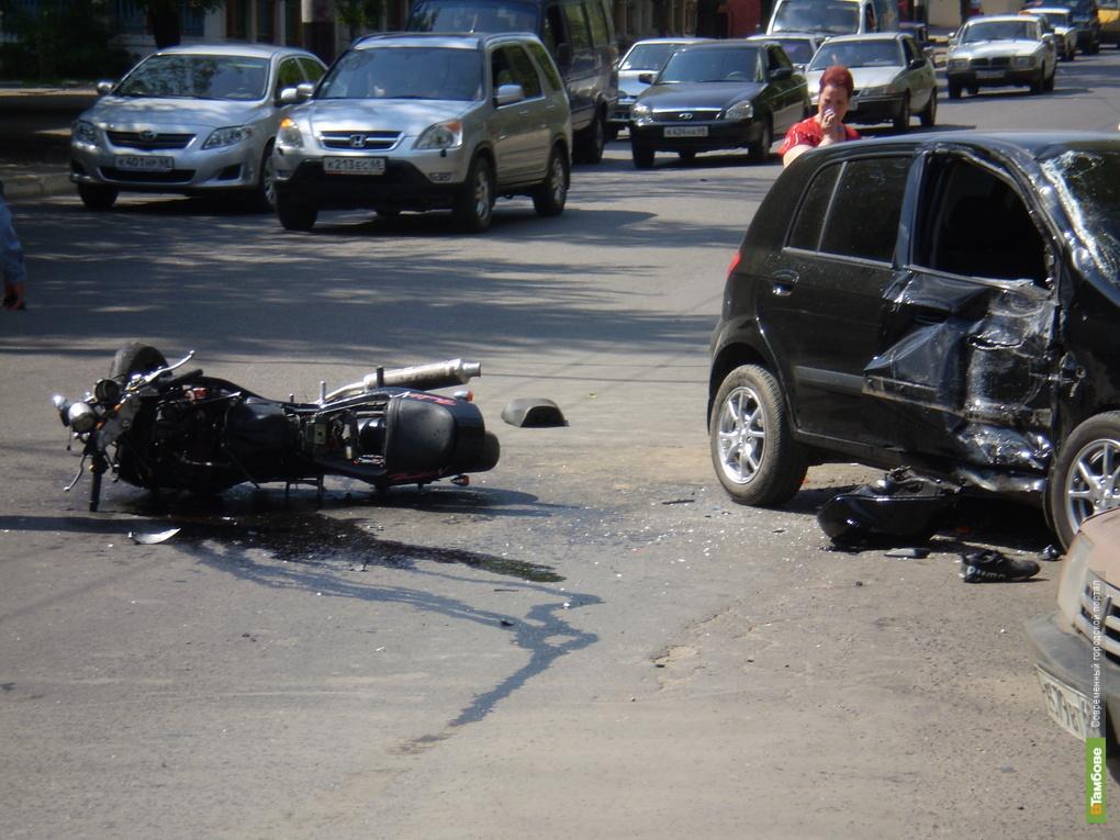 В аварии погибли два тамбовчанина