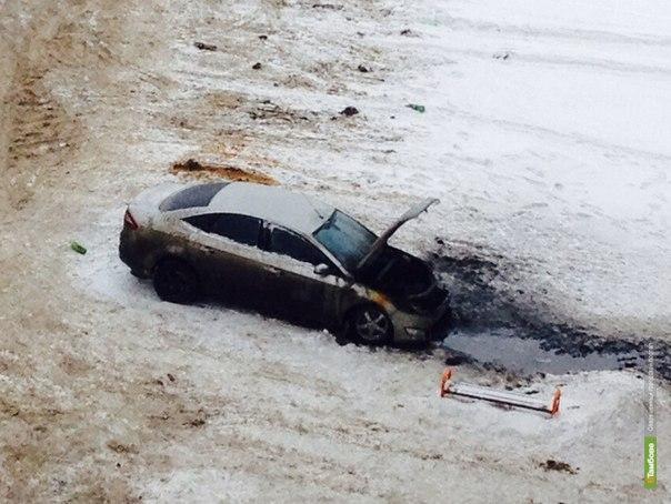 На улице Ореховой сожгли две машины