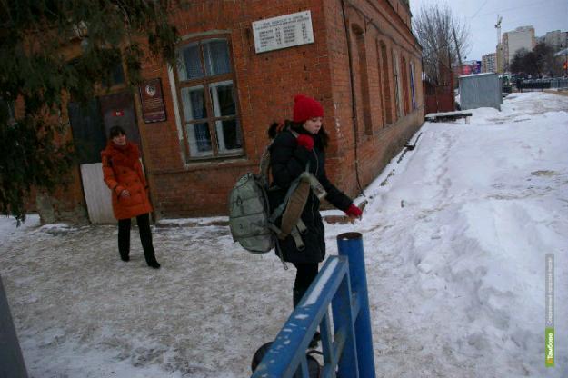 Тамбовчане попросили Президента Путина остановить развал аэроклуба ДОСААФ