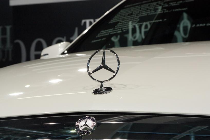 Российским чиновникам запретят заказывать Mercedes-Benz