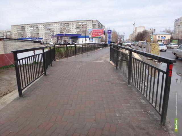В Тамбове наконец-то доделали пешеходный мост через Студенец