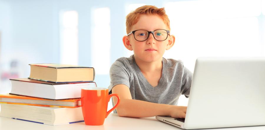 Учёные выяснили, сколько времени подросток может проводить за компьютером