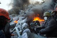 Народ против перемирия: украинская оппозиция штурмует города