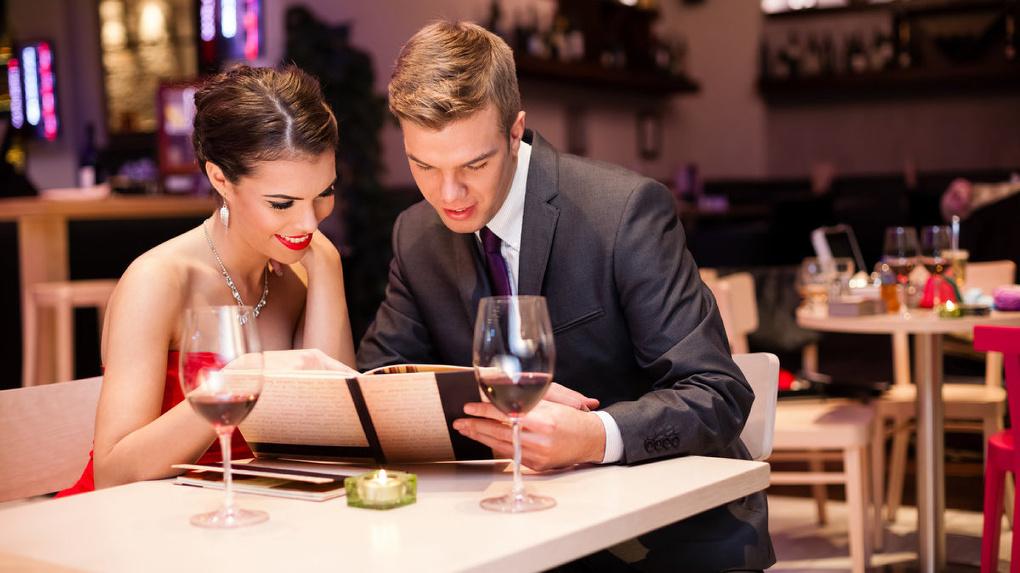 Тамбовская область оказалась на 3 месте в России по размеру оплаченного счета в кафе 8-го марта