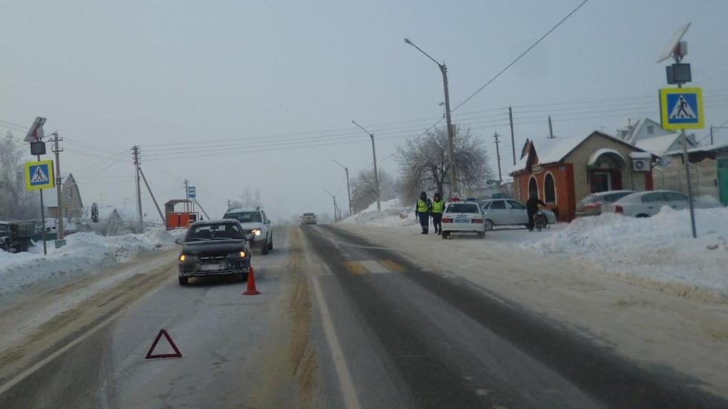 Жители Покрово-Пригородного недовольны отмененными остановками общественного транспорта