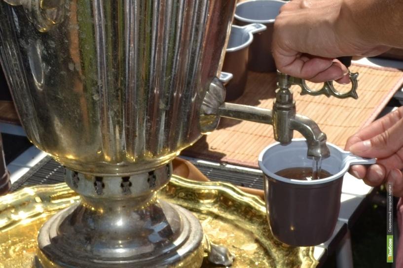 На Крещение власти Тамбова бесплатно напоят горожан чаем