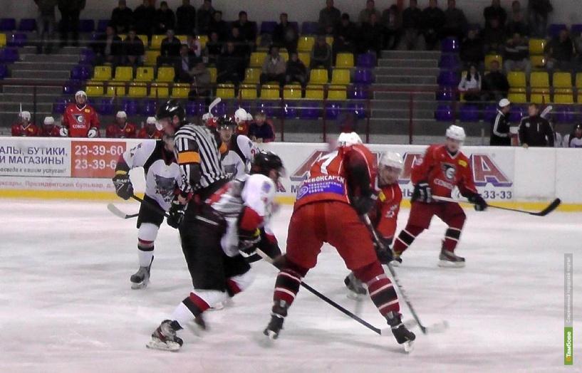 Тамбовские хоккеисты заработали первые 3 очка в сезоне