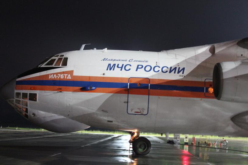 Российские спасатели приступили к поискам разбившегося в Индонезии самолета