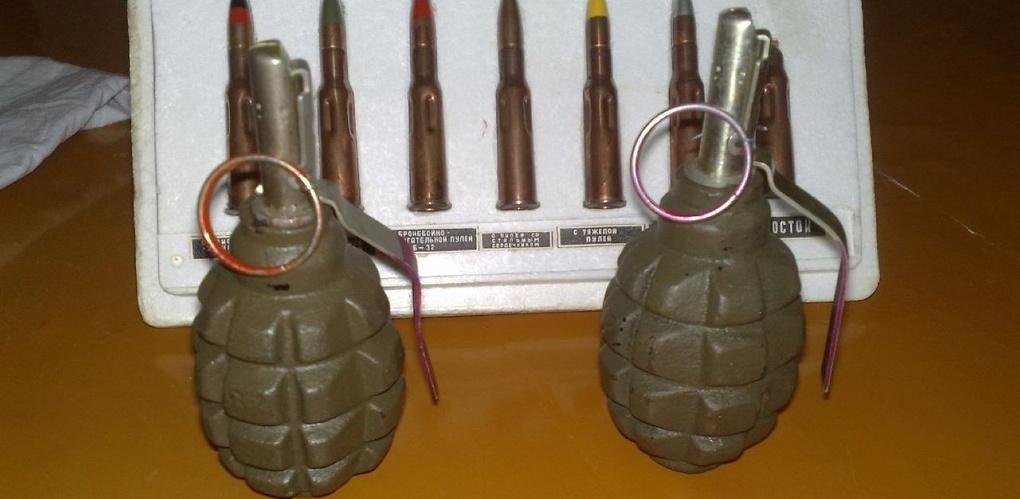 Из гаража пенсионерки полиция изъяла патроны и учебные гранаты
