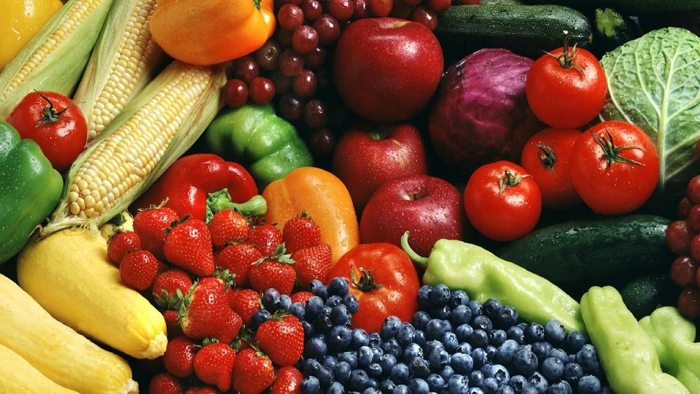 В Тамбовской области проверили фрукты и овощи. Практически все соответствуют нормам