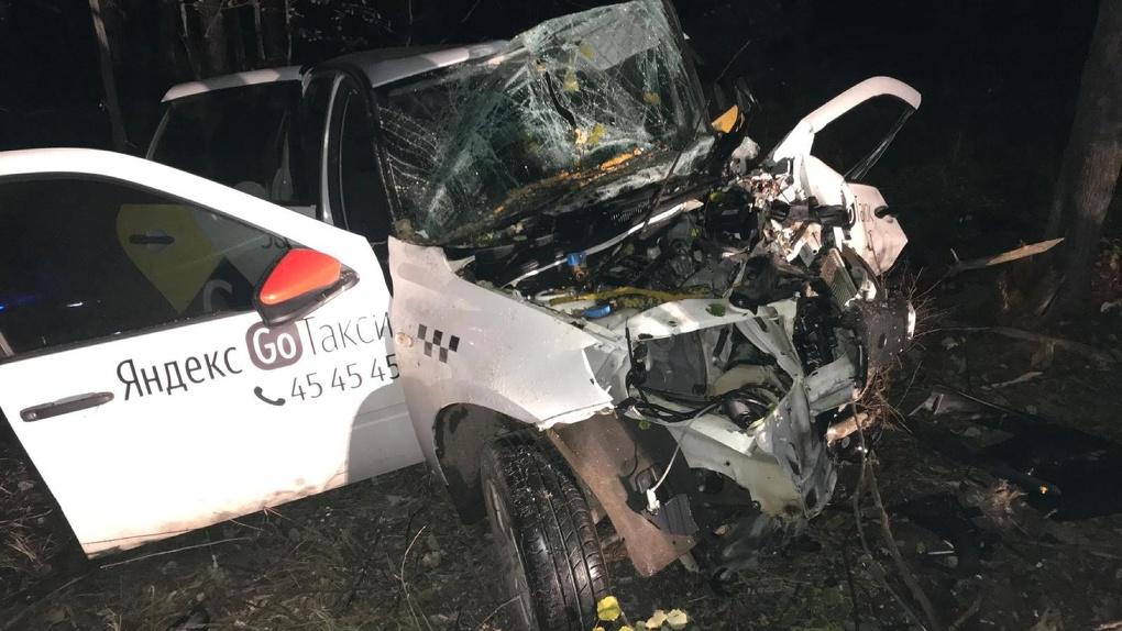 В Пригородном Лесу в ДТП погиб водитель такси