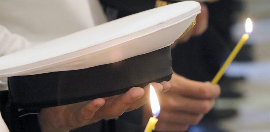 На Балтийском флоте почтили память погибших на подлодке «Курск»