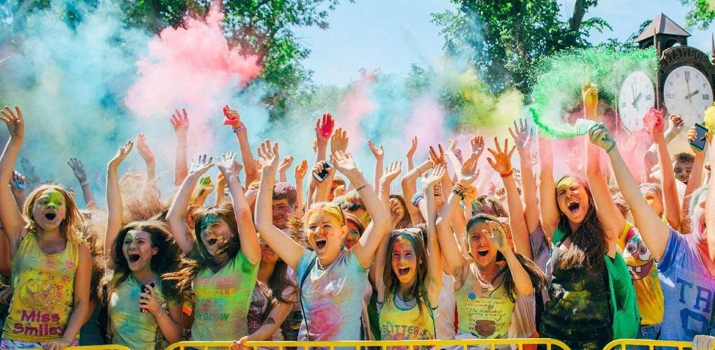 Color Fest переименуют в «Краски России» и проведут в парке Победы