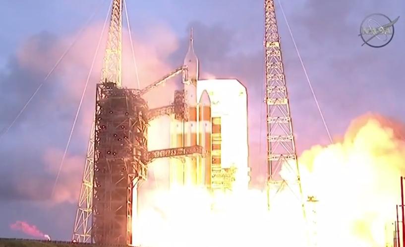 Улетел, но обещал вернуться: НАСА запустило космический корабль «Орион»