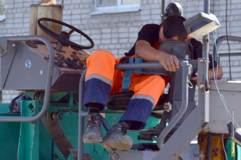 Дорожники спят — ремонт на Карла Маркса продолжается