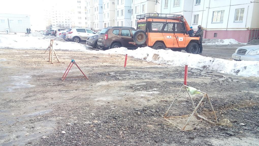 Парковка для избранных: в Тамбове уберут самовольные «заборы» с дворовых стоянок