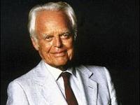 На 102-м году жизни скончался старейший миллиардер в мире