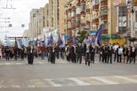 Учителя, врачи, спортсмены, дети и чиновники прошлись по Тамбову парадом