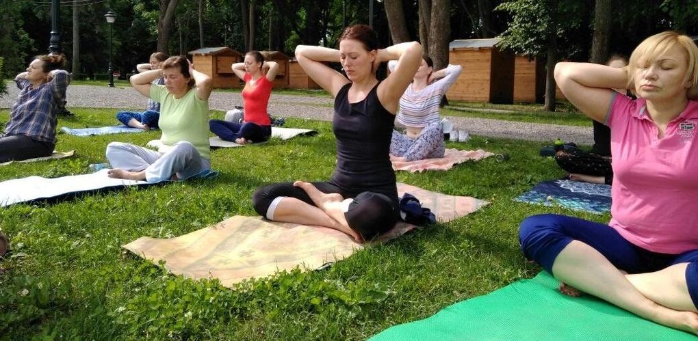 Зарядиться бодростью с утра: в усадьбе Асеевых всё лето будут проводить занятия по йоге
