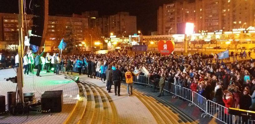 КВН-Battle у «Кристалла» собрал 10 тысяч человек