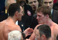 Кличко победил Поветкина в бое за титул чемпиона мира по версии WBA