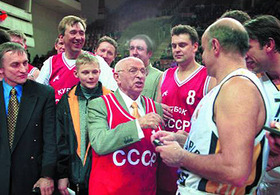 Евгений Гомельский сыграет с тамбовскими баскетболистами