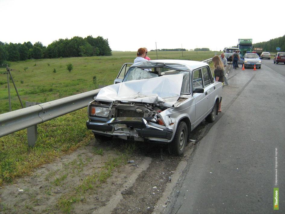 Под Тамбовом зазевавшийся житель Белгородской области подъехал под грузовик