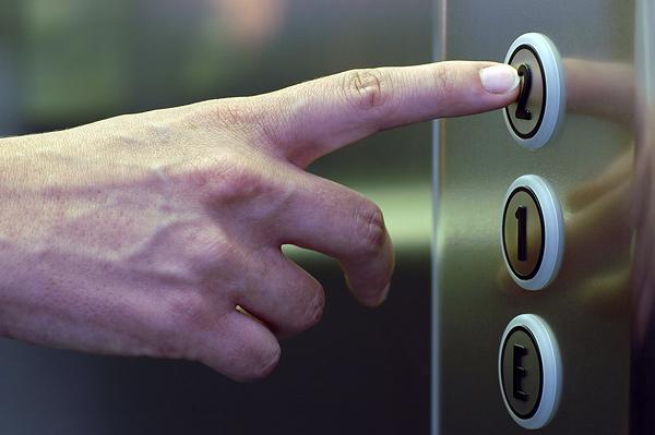 192 дома в Тамбове нуждаются в замене лифтов