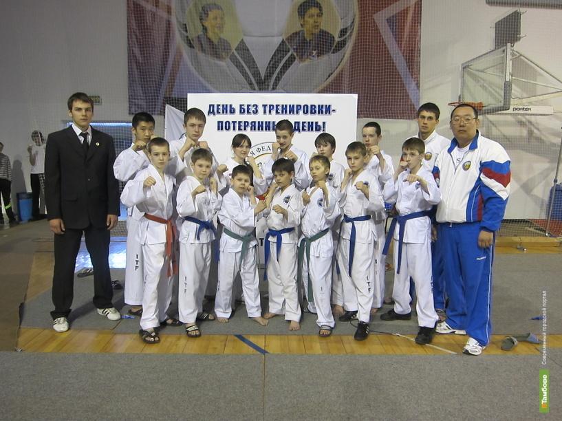 Тамбовские тхэквондисты взяли «серебро» на чемпионате России