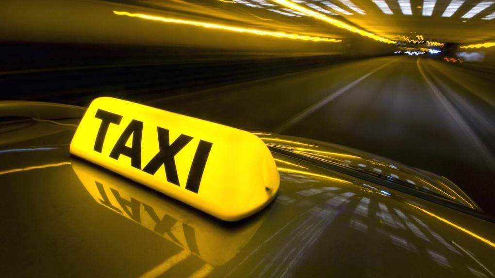 В июне тамбовские родители смогут прочитать своим детям сказки в такси