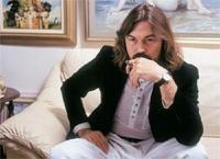 Известный художник Никас Сафронов купил себе поющий унитаз