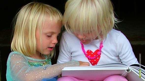 Тамбовские почтовики «Вырастят книгу» для сирот