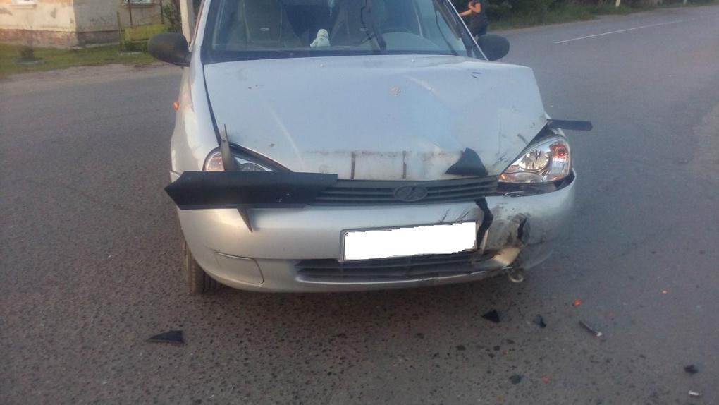 В городе Рассказово столкнулись легковушка и мопед: пострадал несовершеннолетний водитель