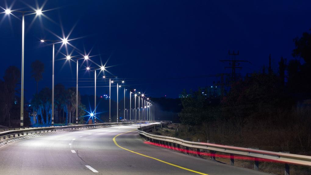 Эксперты утверждают, что лампочки в уличных фонарях не придётся менять в ближайшие 20 лет
