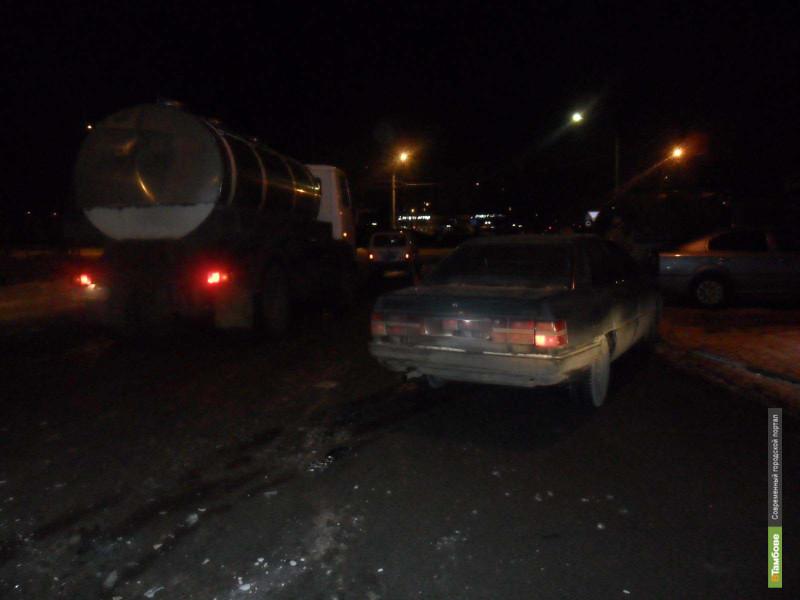 МАЗ и Audi200 не поделили перекресток в Тамбове