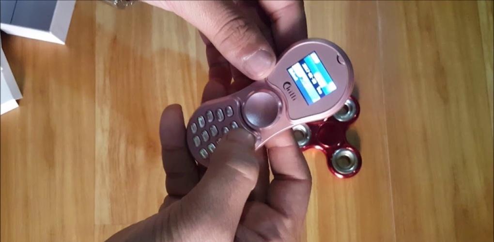 В Тайланде выпустили телефон в форме спиннера