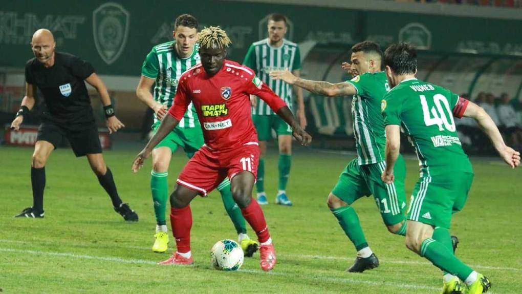 ФК «Тамбов» сыграл вничью с грозненским «Ахматом» и скатился на последнее место в таблице