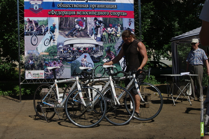 """Две тамбовские спортшколы """"разжились"""" велосипедами"""